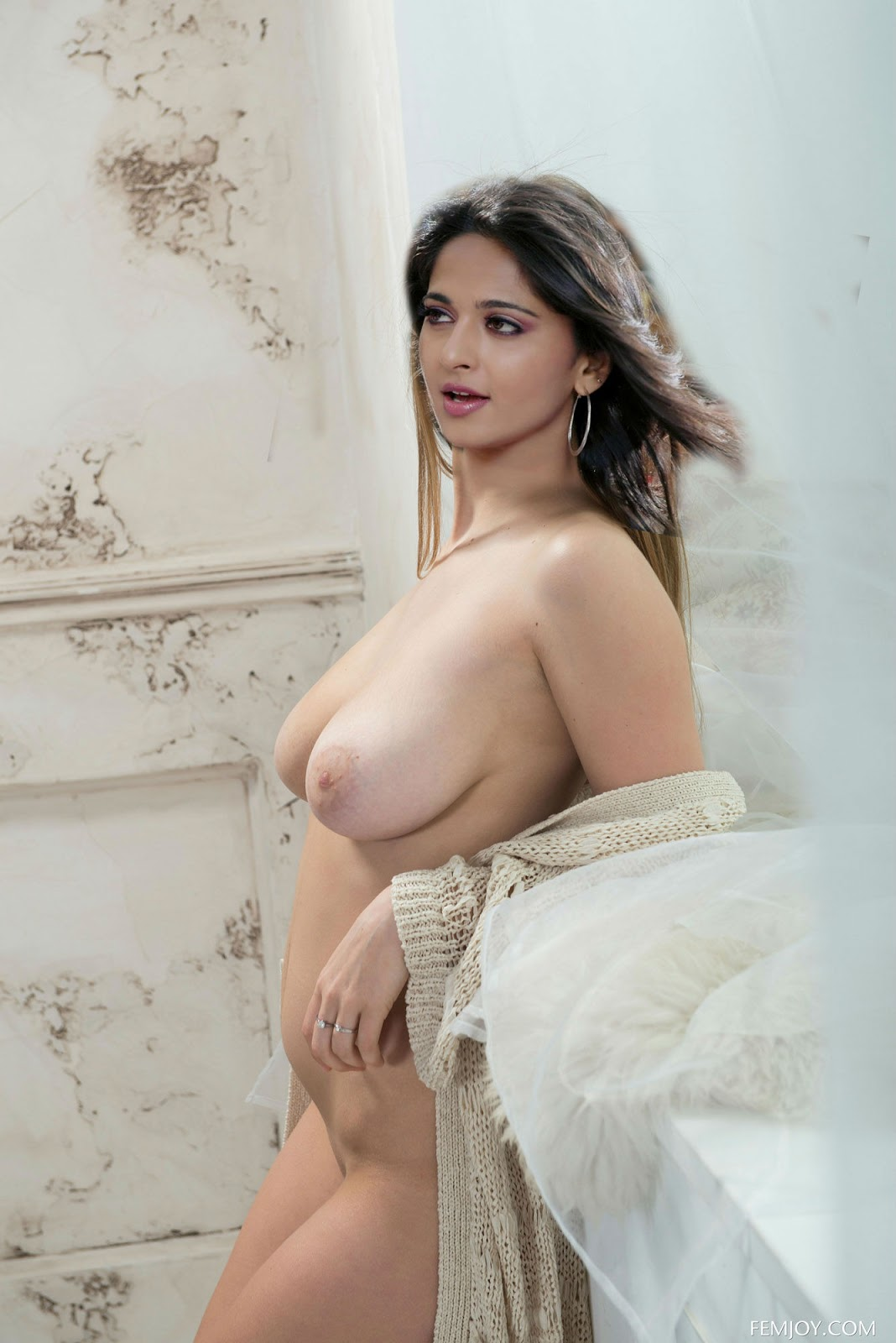 Anushka Shetty naked