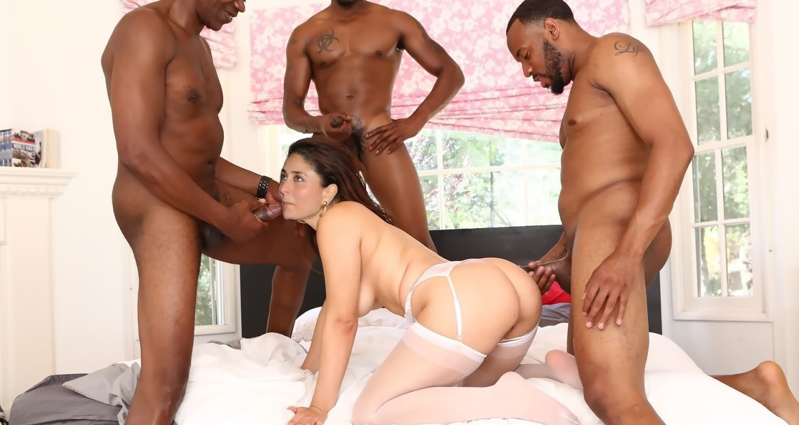 Gang bang sex kareena kapoor