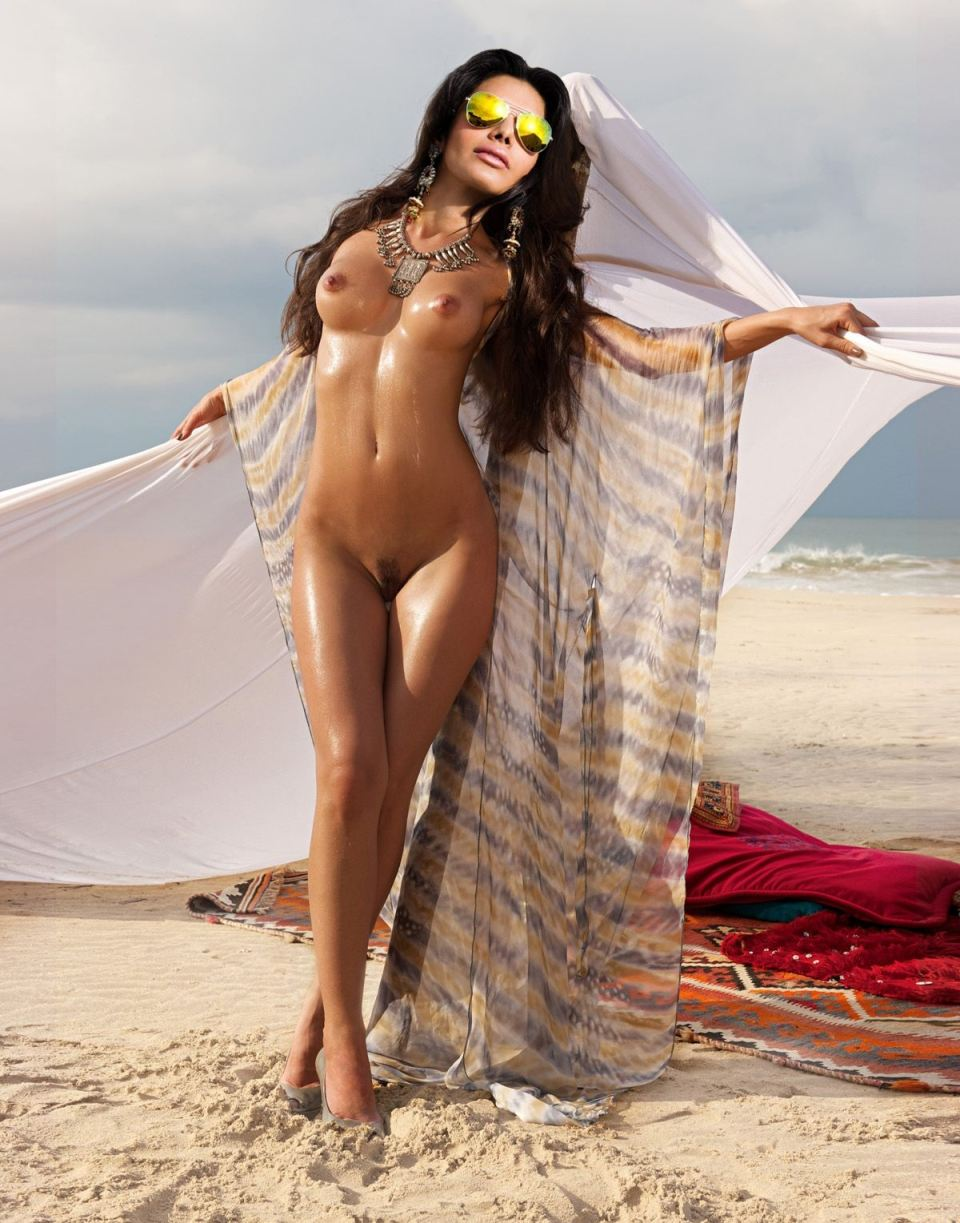 18  Sherlyn Chopra Nude Pics Exposed-2965
