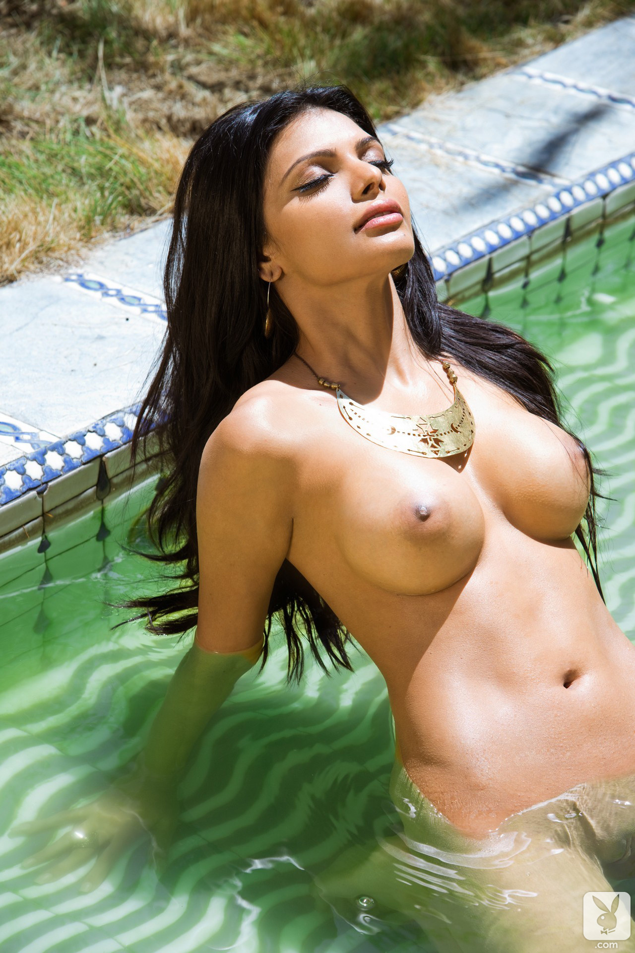 18  Sherlyn Chopra Nude Pics Exposed-3843