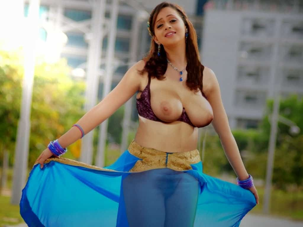 Boobs bhavana hot