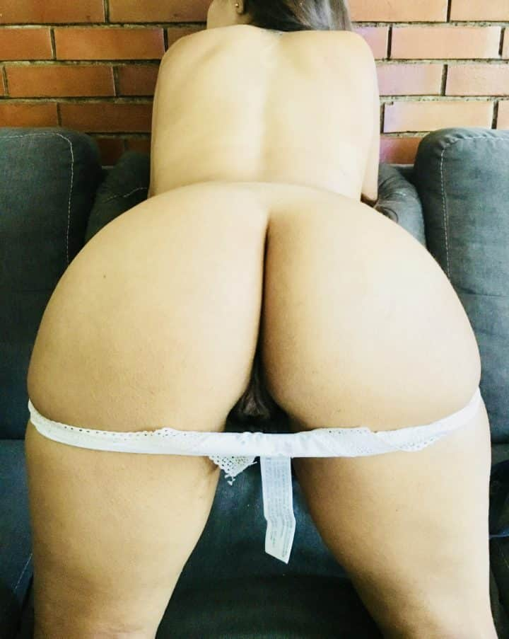 Indian girl hot wet pussy