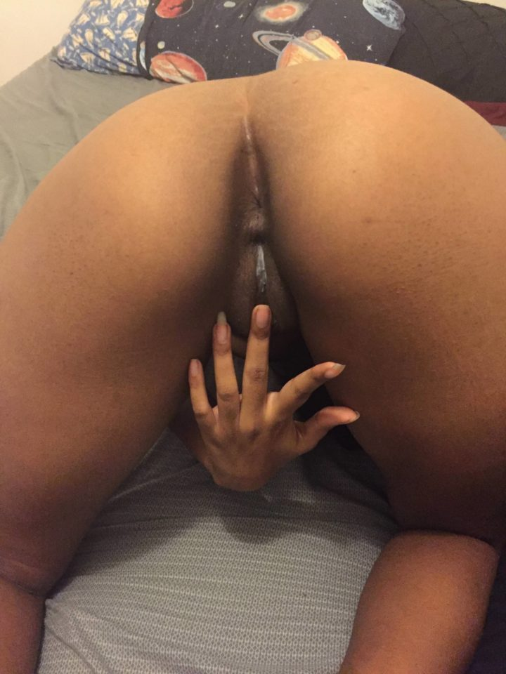 nude Indian girl bending over
