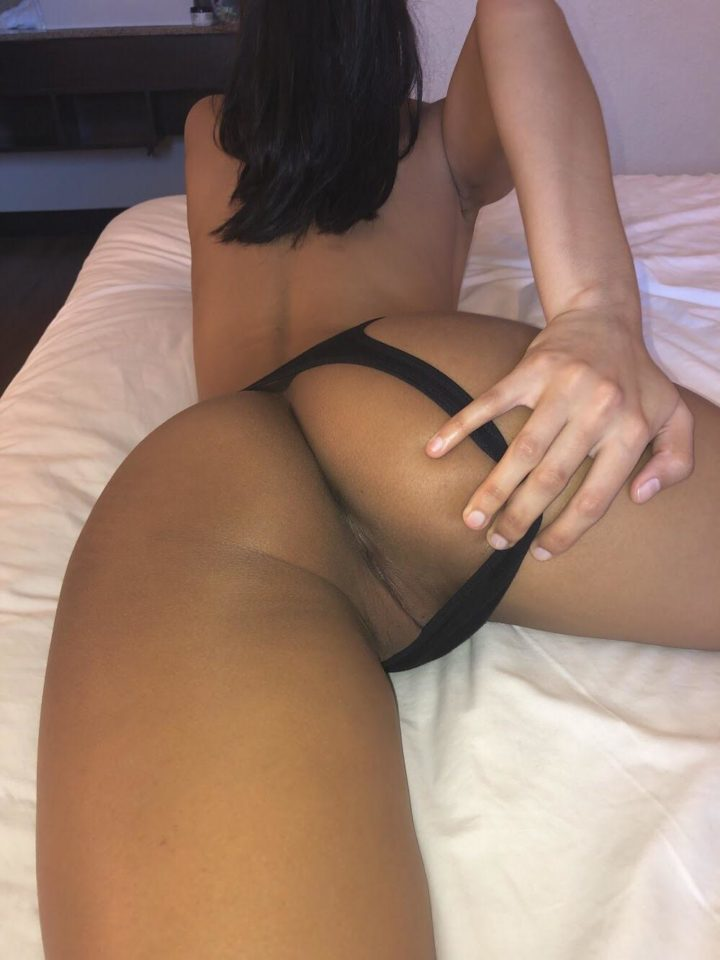 Indian girl pussy panties to the side