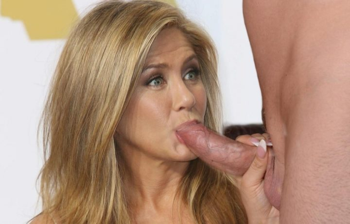 Jennifer Aniston blowjob